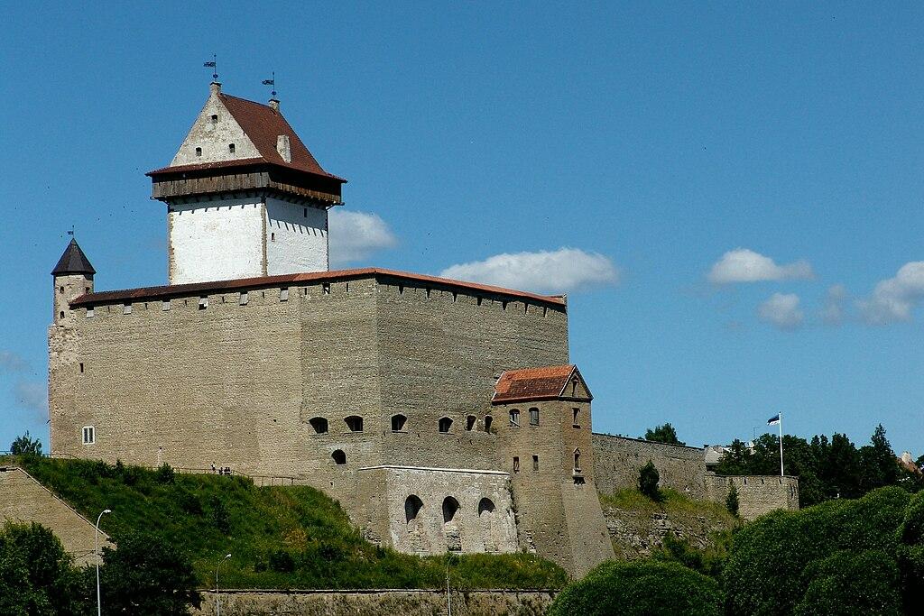 Нарвский замок Эстония