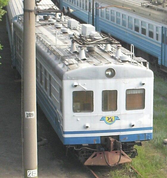 File:Электропоезд С.jpg