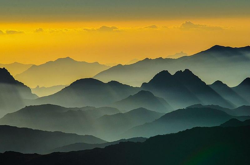 File:جبال لسانت كاثرين.jpg