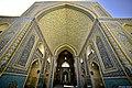 مسجد جامع یزد, نمایی از خطوط کوفی سقف ایوان.jpg