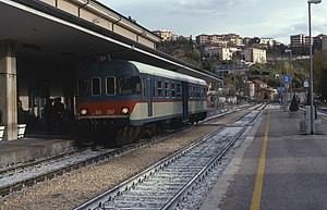 Terni–Sulmona railway - ALn 668 3307 diesel multiple unit at L'Aquila railway station in 1996