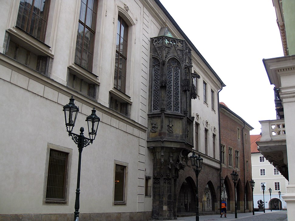 156 Univerzita Karlova, o Karolinum (Universitat Carolina)
