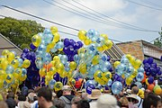 Electioneering balloons from the Liberal and Labor parties in Bennelong during the 2007 federal election.