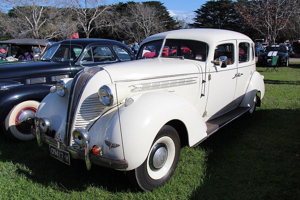 1937 Hudson Terraplane Sedan (26422312613)