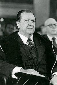 1979. Febrero, 2. Doctorado Honoris Causa en la Universidad de Lovaina, Bélgica.jpg