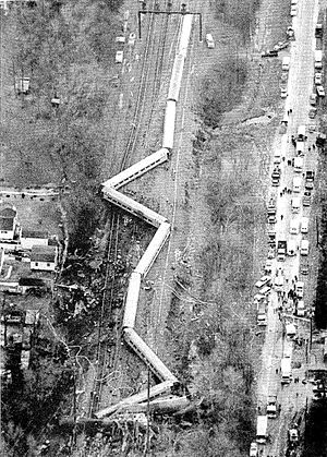 1987 Maryland train collision - Aerial view of the Colonial after the accident