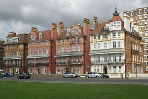 Grade II listed buildings in Brighton and Hove: I–L - 1 to 4 King's Gardens in Hove, built in 1889, are each listed individually at Grade II.