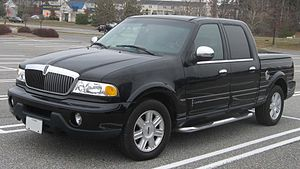 2002 Lincoln Blackwood 1.jpg
