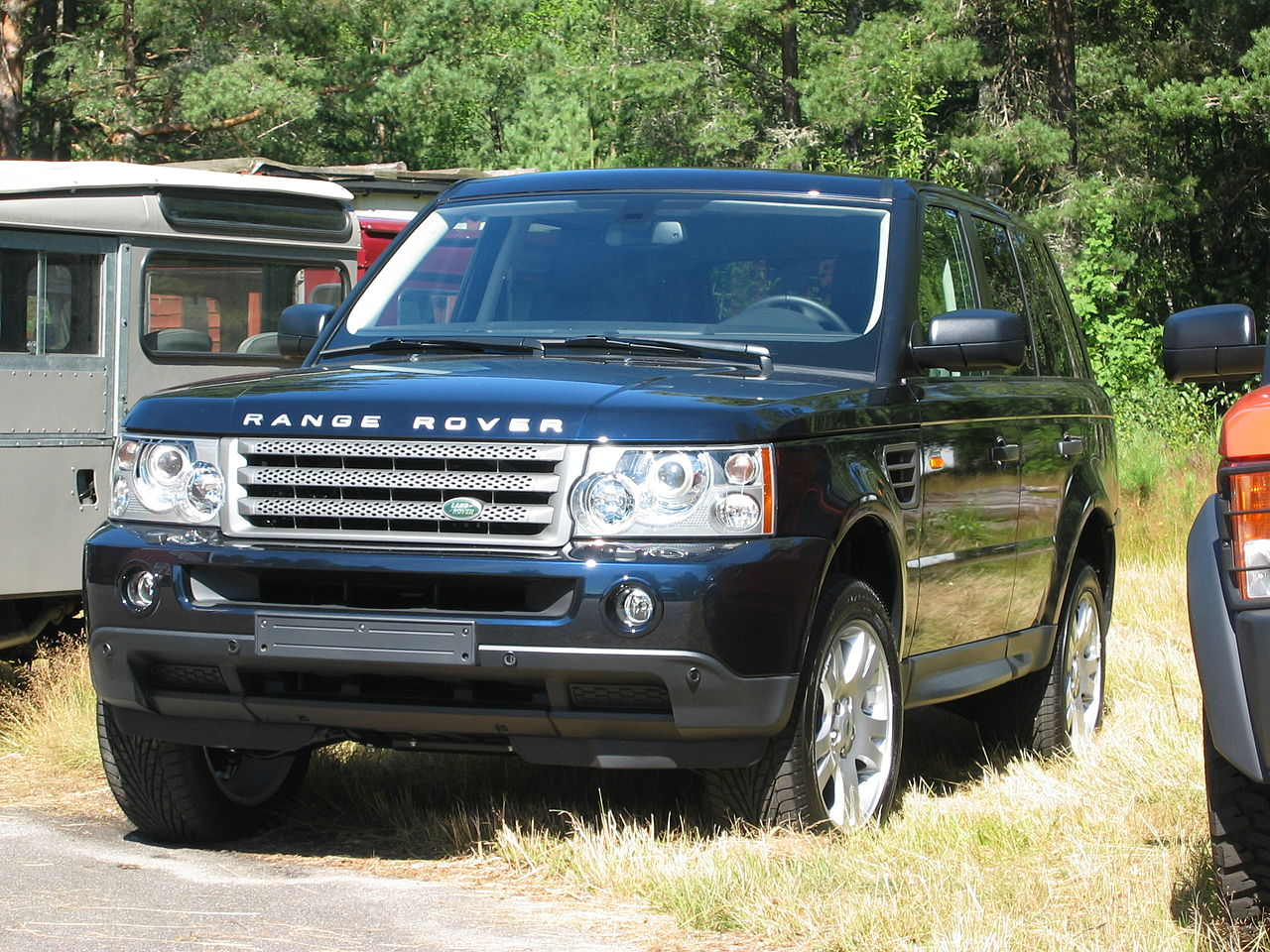Rover range rover 2005 : File:2005 Range Rover Sport front q.jpg - Wikimedia Commons