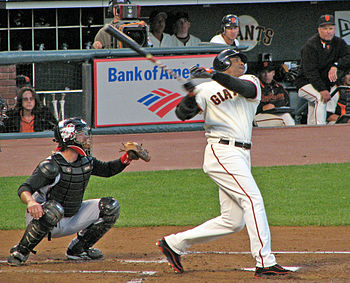 English: Barry Bonds in action
