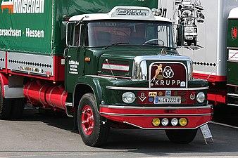 2007-06-10 Krupp Typ 1080, Bj. 1962, 320 PS (Ausschnitt).JPG
