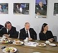 2011-02-03 Владимир Путин с коллективом Первого канала (6).jpeg