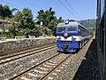 201908 SS3B-5016 hauls Freight Train at Loushanguan Station.jpg