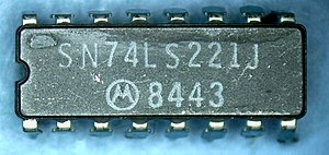 74LS221 Moto 8443 package top.jpg