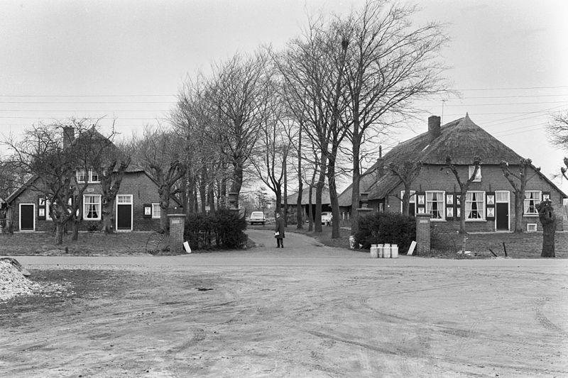 Huis morren boerderij onder morren in oosterwolde gld for Boerderij te koop gelderland vrijstaand