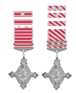 Air Force Cross George V United Kingdom tweemaal.jpg