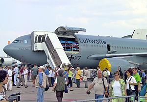 Airbus A310 MRTT - Image: Airbus A310 MRT Med Evac ILA2002 03