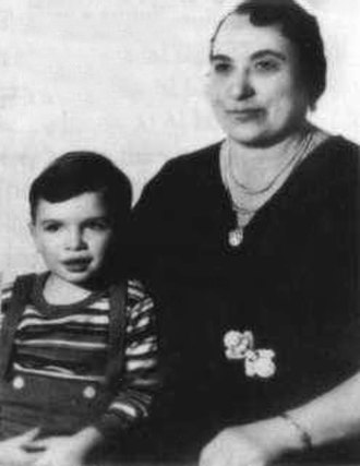 "Al Capone - Alphonse Gabriel ""Al"" Capone with his mother, Teresa"