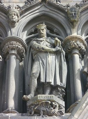 Alexander III of Scotland - Statue of Alexander on the west door of St. Giles, Edinburgh