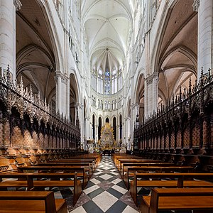 Amiens Cathedral choir Wikimedia Commons