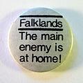 Anti-Falklands war badge, 1982.jpg