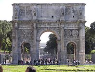 Arch of Constantine (Rome) 3.jpg