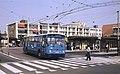 Arnhem Leyland-Verheul trolleybus 162 leaving the railway station in 1983.jpg