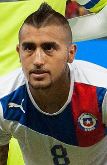 Arturo Vidal Footballteam of Chile - Spain vs. Chile, 10th September 2013 (cropped).jpg