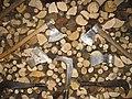Assortimento di attrezzi per spaccare legna.jpg