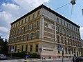 Auhofstraße 49 Volksschule.JPG