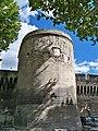 Avignon - Tour Remparts Porte du Rhone.jpg