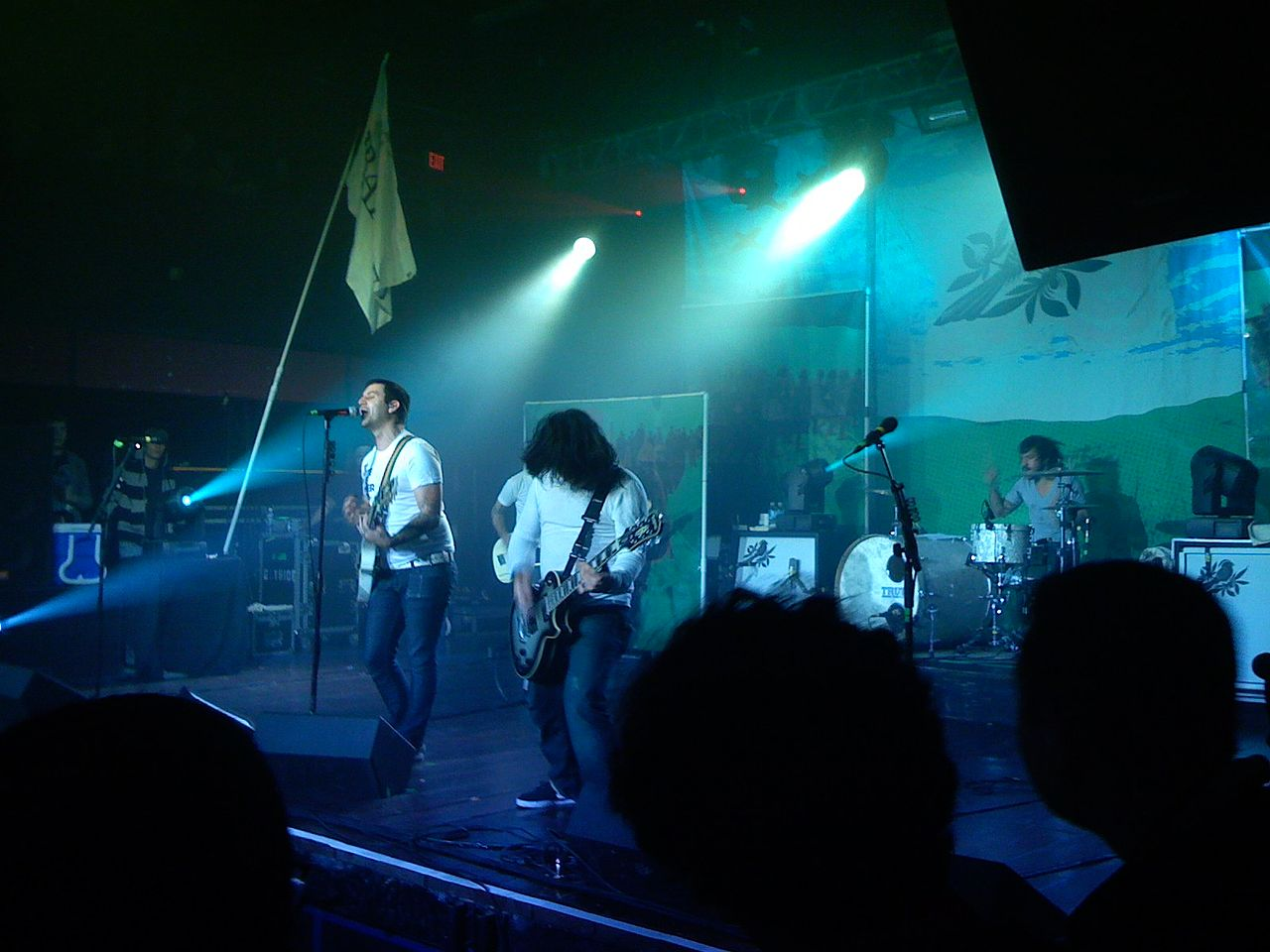 Bayside performing in 2007