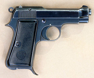Beretta M1935 - M1935 right side