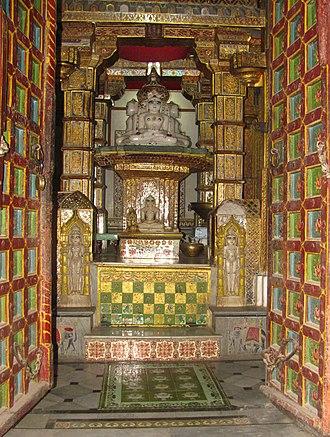 Sumatinatha - Image: Bhandasar Jain Temple