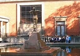 Bilbao Monumento Arriaga.jpg