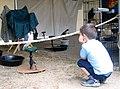 Bird crouching (121694497).jpg