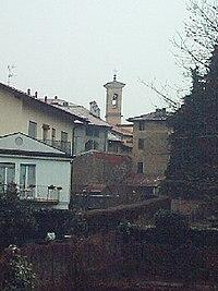 Bisuschio-Panorama con campanile.jpg
