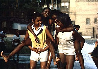 Woodlawn, Chicago - Image: Black youngsters