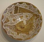 Bowl with bird, Egypt, Fatimid period, 11th century AD, earthenware with overglaze luster painting - Cincinnati Art Museum - DSC04165.JPG