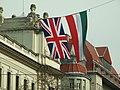 Budapešť, Belváros, Országház, vlajky Maďarska a Velké Británie.JPG