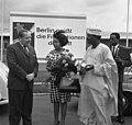 Bundesarchiv B 145 Bild-F016245-0011, Berlin, Staatsbesuch Minister Benson, Nigeria.jpg
