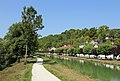 Canal de Bourgogne Véloroute R01.jpg