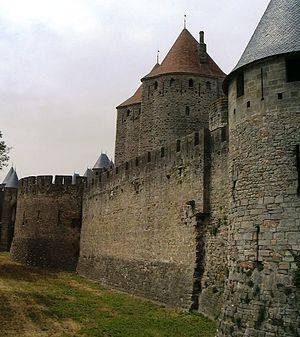 Gormenghast (castle) - Fortified wall of Carcassonne