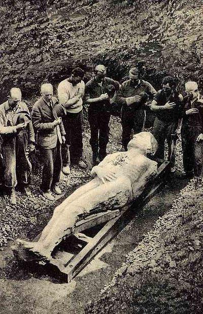 発掘直後のカーディフの巨人