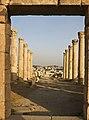 Cardo maximus, Jerash, Jordan5.jpg