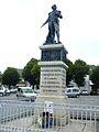 Carhaix 60 La statue de La Tour-d'Auvergne.jpg