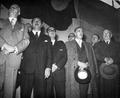 Carlos Ibáñez del Campo durante la inauguración de la primera planta azucarera nacional.png