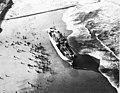 Carthage op het strand gezet bij Scheveningen ID347682.jpg