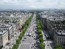 250px Champs %C3%89lys%C3%A9es from the Arc de Triomphe Champs-Élysées