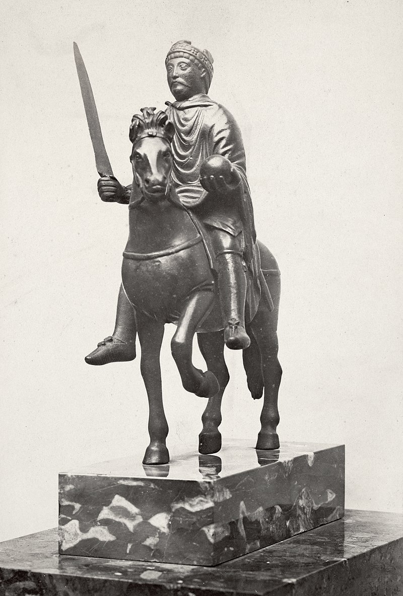 Charles Marville, H%C3%B4tel Carnavalet, statue of Charlemagne, ca. 1853%E2%80%9370.jpg